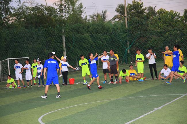 Vòng 4 giải bóng đá Hạo Phương, ảnh 1