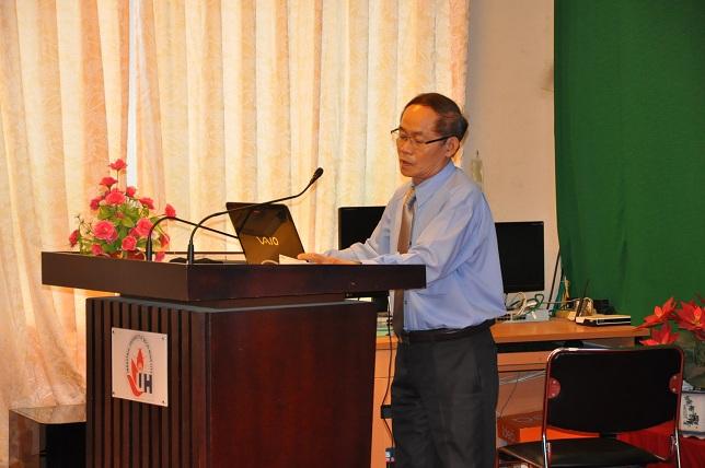 Thầy Phan Chí Chính phó hiệu trưởng trường ĐH Công Nghiệp