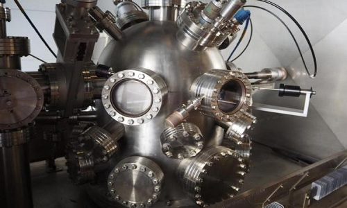 Thiết bị làm lạnh kim loại đến trạng thái siêu dẫn