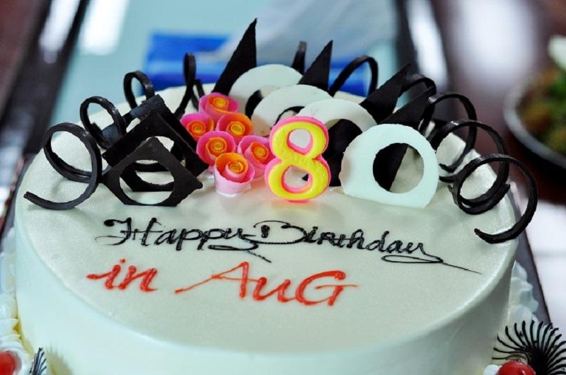 sinh nhật thành viên tháng 8