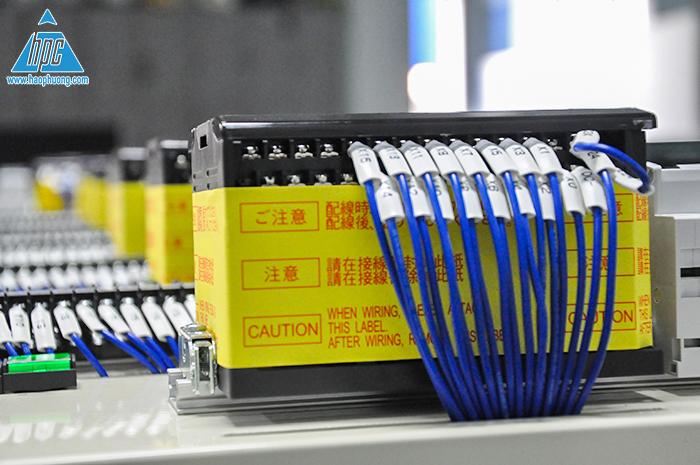 bộ lập trình điều khiển PLC