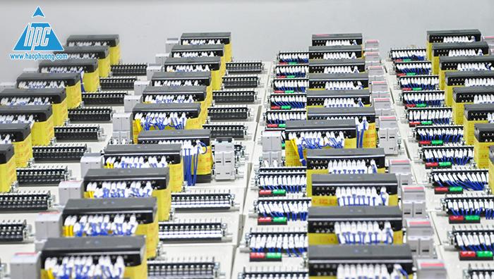 lắp đặt bộ lập trình điều khiển PLC