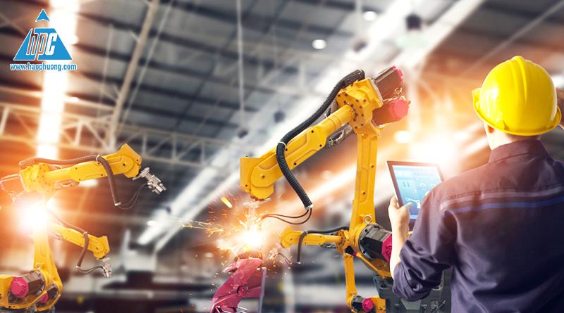 ứng dụng robot công nghiệp