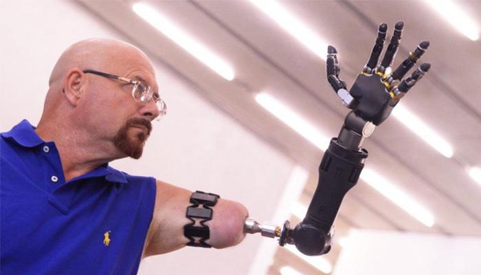 Cánh tay robot MPL có khả năng di chuyển linh hoạt