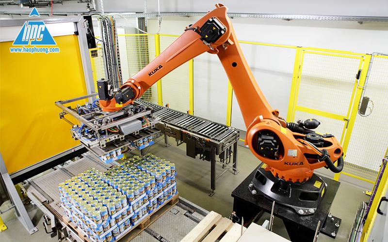 Robot-xep-bao-len-pallet-bia