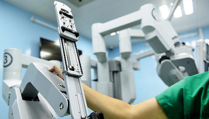 Một trong những cánh tay của robot