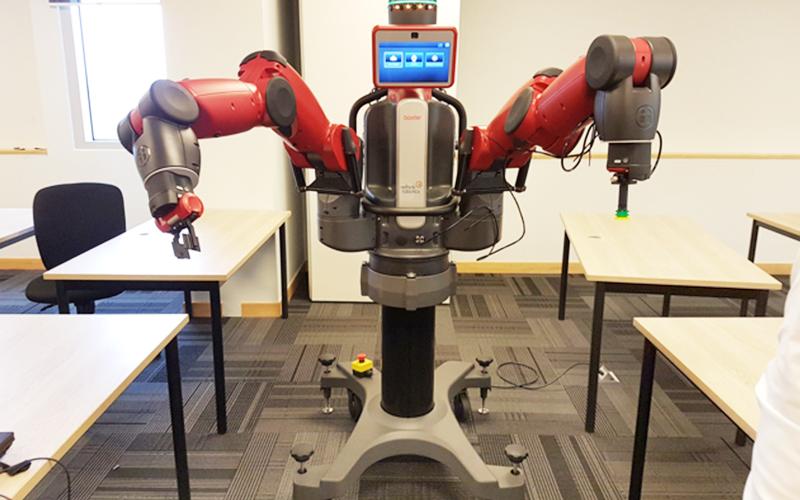 Robot giảng dạy