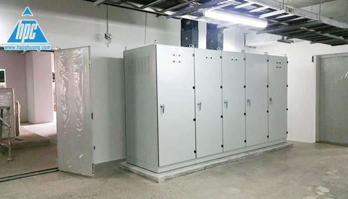 Hoàn thành lắp đặt toàn bộ tủ điện hạ thế 1
