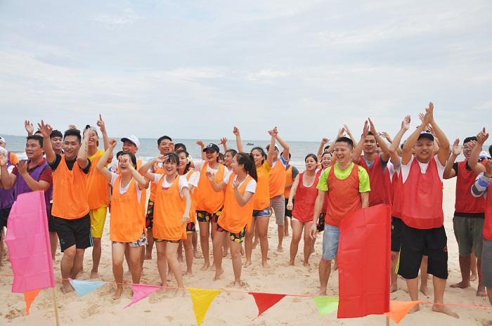 Các hoạt động Team building tại bãi biển Mũi Né 3