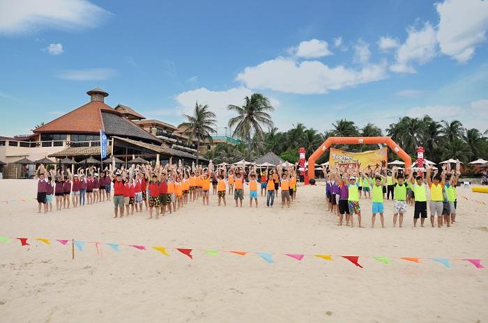 Các hoạt động Team building tại bãi biển Mũi Né 1