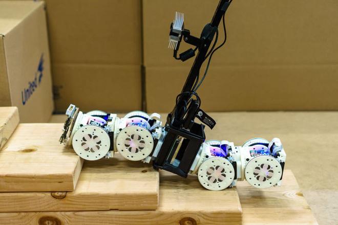 robot biến hình 1