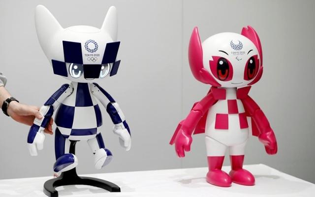 Robot mô phỏng linh vật Miraitowa và Someity