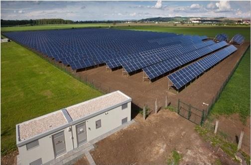 Nhà máy điện mặt trời trong Đại học Cửu Long