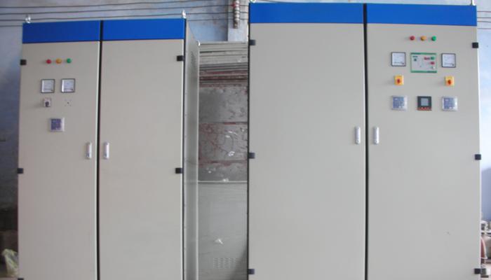 Tủ điện 2 cửa