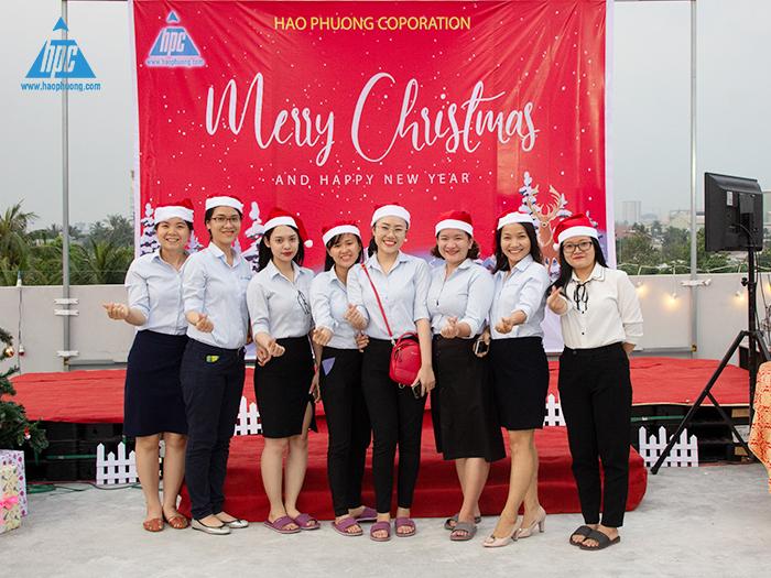 Hạo Phương tổ chức giáng sinh và sinh nhật tháng 12