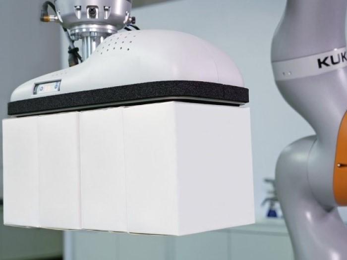 Ứng dụng của robot cộng tác trong việc xếp hàng hóa
