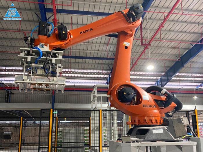 Hạo Phương hoàn thành giai đoạn 1 cung cấp và lắp đặt robot xếp bao tự động cho CP Việt Nam