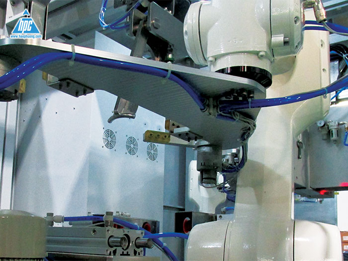 Hệ thống Robot đóng bao tự động