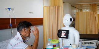 Robot giúp bệnh nhân covid trò chuyện với người thân