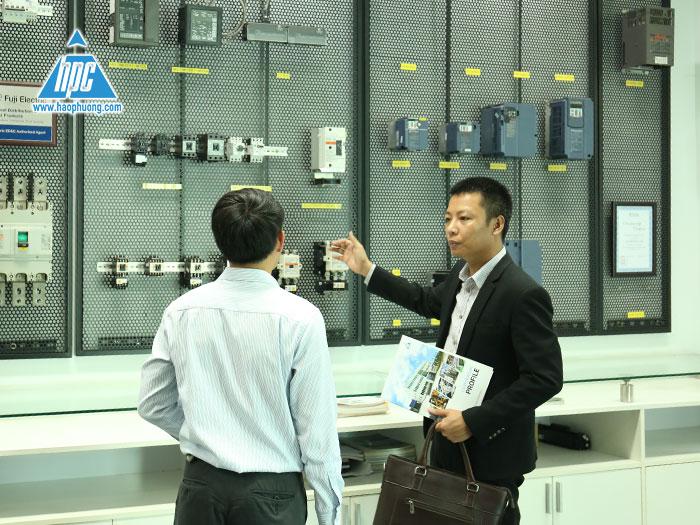 Hạo Phương liên tục thực hiện việc phổ biến kiến thức, nghiệp vụ công nghệ cho nhân viên